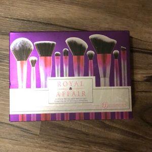 Other - Nwt bh cosmetics royal affair brush set